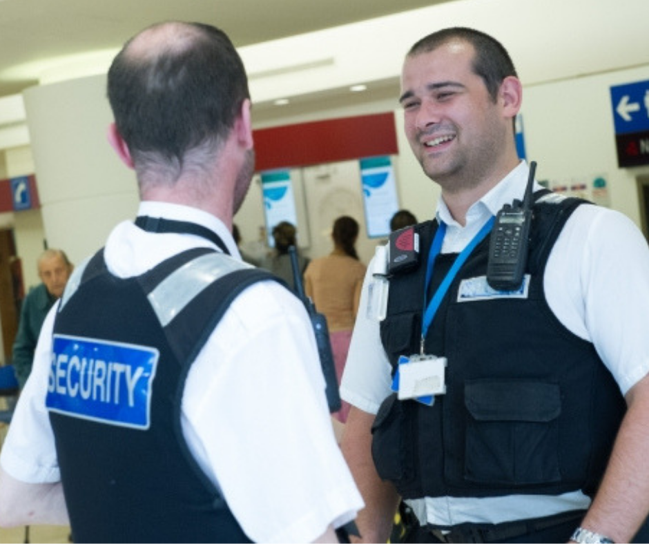 5 Ways Security Guards Can Improve The Customer Experience